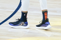 """Steph Curry wears new custom """"Lady Dad"""" shoes featuring Kobe and Gianna Bryant"""