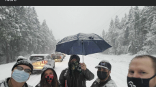 Stranded health workers brave Oregon snow storm to keep COVID-19 doses from going to waste