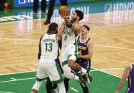 Lakers survive Celtics 96-95 as Boston loses Neat to leg injury