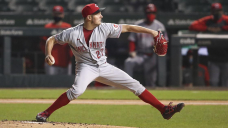 Dodgers introduce Trevor Bauer with 3-year deal
