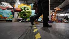 Virus-muffled Mardi Gras hits New Orleans' occasion-loving soul