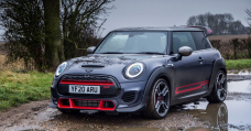 Mini JCW GP Review: Why Or no longer it's A Complex Mess Of A Scorching Hatch