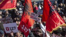 Kosovo votes for new parliament amid pandemic