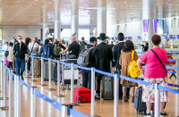 Coronavirus cabinet approves plan for 2,000 Israelis to fly in per day