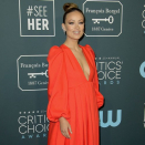 Olivia Wilde gushes over Harry Types as they wrap new movie