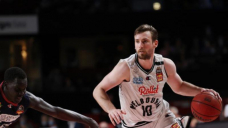 Melbourne United tame Taipans in NBL Cup
