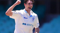 Blues bowl in Defend without Starc, Smith