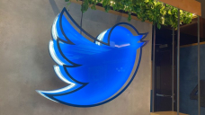 Twitter plans to double revenue by 2023, reach 315M daily users