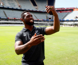 Narrate   Siya Kolisi catches up with 'Beast' at a Durban chicken store!
