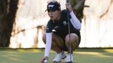 Ko leads LPGA tournament, Sorenstam makes cut