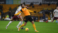 Followers could not believe the nonsensical red card that David Luiz was issued against Wolves