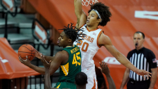 No. 2 Baylor takes down No. 6 Texas in Spacious 12 showdown to remain undefeated