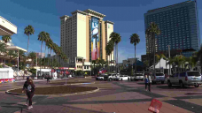 Tampa makes best of Huge Bowl week amid virus