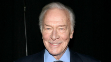 Christopher Plummer Ineffective at 91: Celebs Mourn 'Sound of Song' Smartly-known particular person