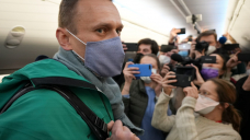 'Putin is turning his main threat into a martyr': Will attack on Navalny, journalists and 5,700 detained Russians backfire?
