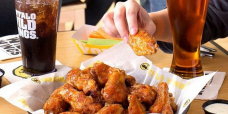 Free food for Stout Bowl LV: This is where to get free wings, pizza deals and free delivery