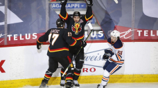 Mikael Backlund helps Flames top Oilers 6-4