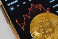 Tesla bought US$1.5Bil of Bitcoin last month, may accept Bitcoin as currency