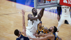 Williamson pushes Pelicans past NBA-leading Jazz, 129-124