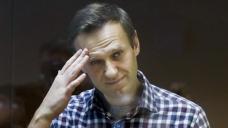 EU, US sanction individuals over Navalny
