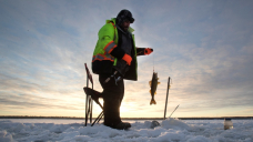 'Thinking with their hearts': Ice fishers providing meals for Winnipeg's homeless
