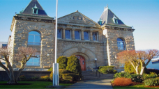 B.C. Supreme Court docket throws out Nanaimo man's 'atrocious' $32-trillion lawsuit