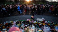UK: A full bunch defy virus restrictions to remember slain woman