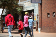 IN PICS   Braamfontein streets on fire as students' fight heats up