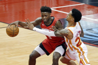 Victor Oladipo, Jae'Sean Tate set season-highs, but Rockets' skid ties record