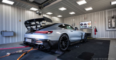 This 1111hp Mercedes-AMG GT Unlit Sequence Is Made For Nurburgring Glory