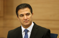 Mossad chief Cohen, Dermer sought end of US sanctions on mining magnate