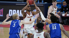 Evan Mobley has 17 points to lift Southern Cal past Drake