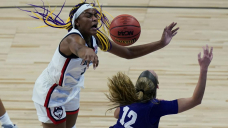 Bueckers helps UConn rout High Point 102-59 in NCAA opener