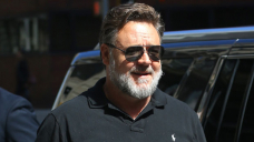 Russell Crowe, 56, Flashes A Big Smile While Hanging Out With Chris Hemsworth & Elsa Pataky On A Boat — Pic