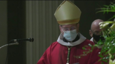 'A different expertise': Montreal worshippers attend Sunday mass under looser coronavirus measures