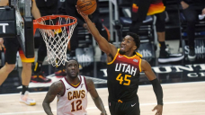 Jazz run win streak to 6 games with 114-75 win over Cavs