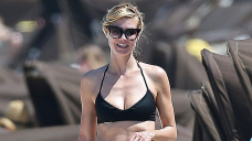 Heidi Klum, 47, Wears Beautiful Bikini Bottoms As She Covers Herself While Going For A Dip In Though-provoking TikTok