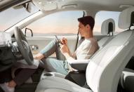 Lyft to offer Level 4 autonomous robotaxi using Hyundai IONIQ 5 in 2023