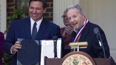 Florida's Medal of Freedom goes to FSU great Bobby Bowden