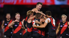 Bombers brace for red-sizzling Swans at SCG