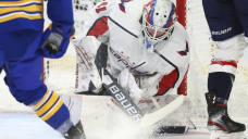 Schultz has 3-point outing in Capitals 4-3 win over Sabres