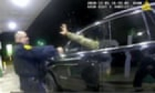 US army officer sues police who pointed guns and pepper-sprayed him during traffic stop
