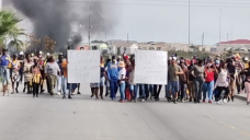 VIDEO | Autos, buses set alight during protests – Gqeberha