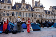 The Parisians Housing Refugees All over the Pandemic