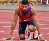 Wayde van Niekerk storms to victory in 200m at SA championships