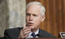 Republican senator claims there's 'no reason to be pushing' Covid vaccines