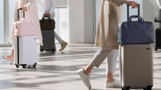 We tested the most popular lift-on suitcases: 4 stood out
