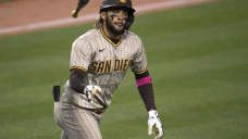 Dodgers rally past Padres 5-4 despite 2 more homers by Tatis