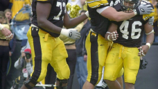 Ladell Betts takes step back in time with return to Hawkeyes