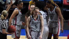 UConn's Bueckers undergoes surgery on her right ankle